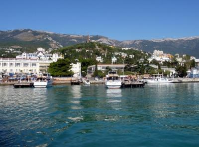Blick auf den Darsanhügel von Jalta