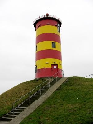 Pilsum Leuchtturm mit Treppe