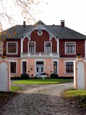 Schönes altes Bauernhaus