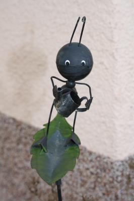 Fleißige Ameise