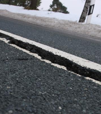 Straße abgesackt