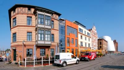 Hafenstraße im Stralsunder Stadthafen 1