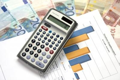 Ausgaben und Einnahmen