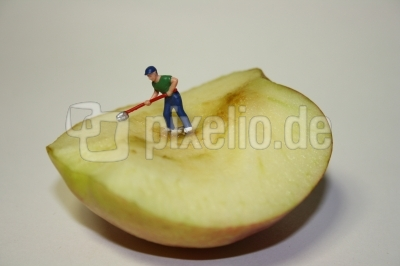 Apfel putzen oder Apfelbutzen