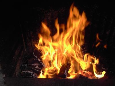 Brennendes Holz