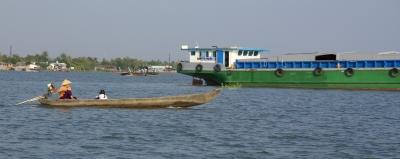 Schiffsverkehr auf dem Mekong