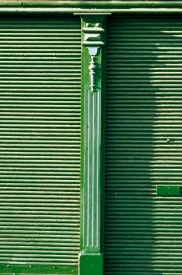 Grüne Altstadtfassade