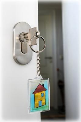(Haus  - Tür)  - Schlüssel