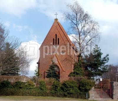Herz-Jesu-Kirche (kath) in Garz/Rg.