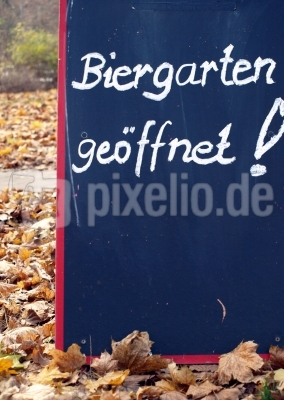 Biergarten-Schild