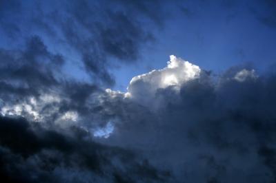 schwarze wolke