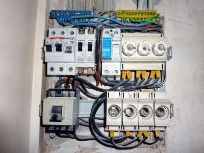 Kostenloses Foto: Verdrahtung einer Unterverteilung ( Stromkasten ...