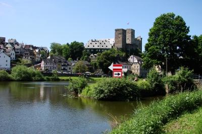 Burg Runkel, Ansicht von der Lahn