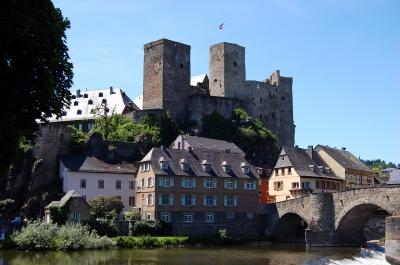 Burg Runkel, Ansicht von der Lahn #2