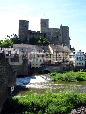 Burg Runkel, Ansicht von der Lahn #6