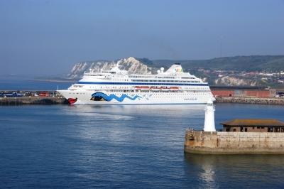 Die Aida Cara in Dover