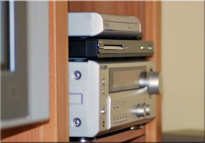 Multimedia Zuhause - Flach-TV & Heimkinoanlage