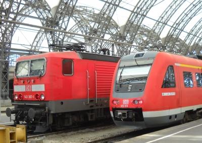 143 367 und 612 019 abfahrbereit im Dresdner Hauptbahnhof