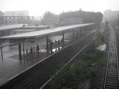 Ostkreuz im Regen