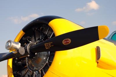 Rotoren und alte Flugzeuge