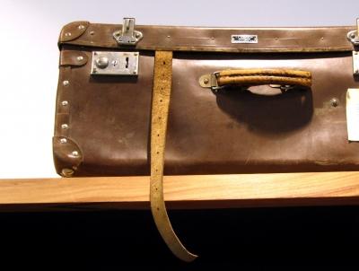 Alter Koffer 2