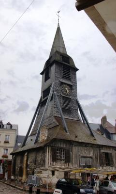 Der Glockenturm von Saint-Catherine in Honfleur