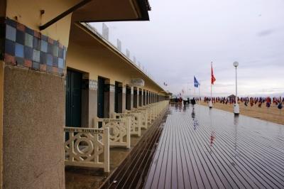 Die weltberühmte hölzerne Promenade