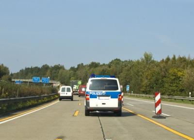 """Polizei bei der """"Verkehrsüberwachung"""""""