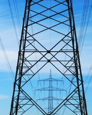 Strommasten mittig_hoch
