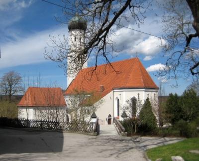 Pfarrkirche St. Laurentius in Königsdorf/Bayern