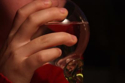 Hand am Glas