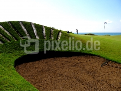 Golfer auf Links-Course am Meer