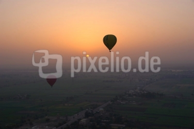 Sonnenaufgang über dem Nil 2