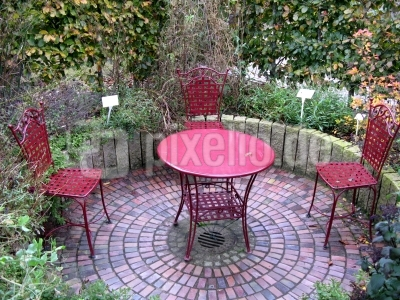 Dre rote Gartenraum!