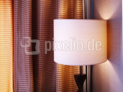 Gardinen und Licht - Raumdeko