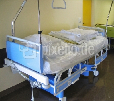 Krankenhausbett - Der nächste bitte.