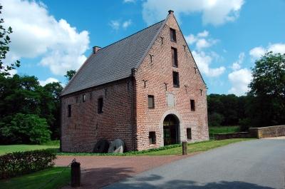 Wasserschloss Wissen am Niederrhein, Nebengebäude