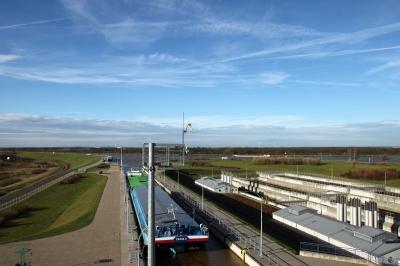 Schleuse Rothensse beim Mittellandkanal bei Magdeburg