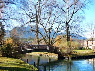 Holzbrücke am Thunersee