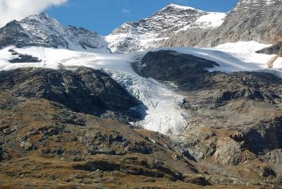 Ewiger Schnee auf den Gipfeln