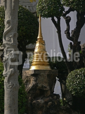 """""""Wat Suthatthep Warawam"""" Bangkok, Thailand"""