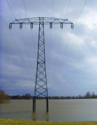Hochwasserbeginn an der Elbe