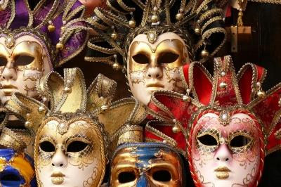 Masken... Masken...