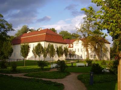 Schloss Mirow in einer Regenpause