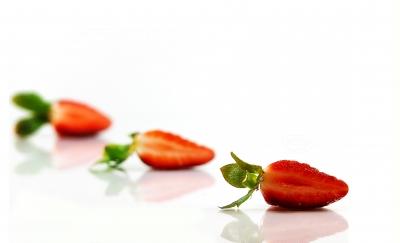 Half Strawberry