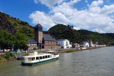 Sankt Goarshausen, Blick von der Rheinfähre