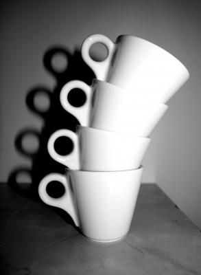 gestapelte espressotassen