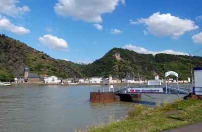 Sankt Goarshausen, Blick vom Bootslandungssteg Sankt Goar