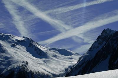 Flugverkehr über den Alpen