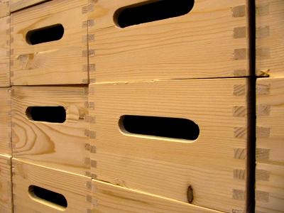 Holzkasten aus Weichholz, verzinkt